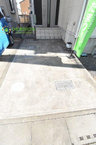 【駐車場】見沼区中川 中古一戸建て