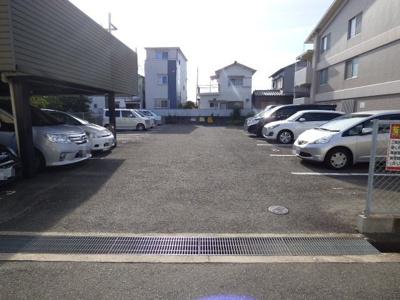 【駐車場】ベルメゾン茨木