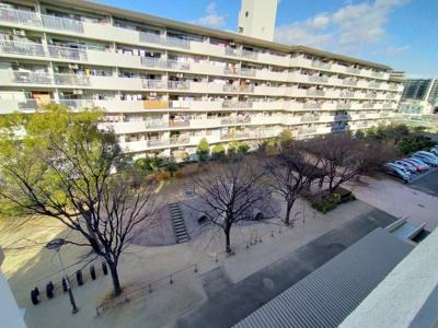 全348戸のマンションです。事前に管理状況や環境が知れるのも中古マンションの利点です。
