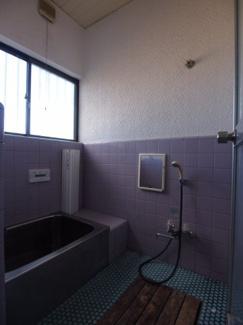 【浴室】来秀貸家
