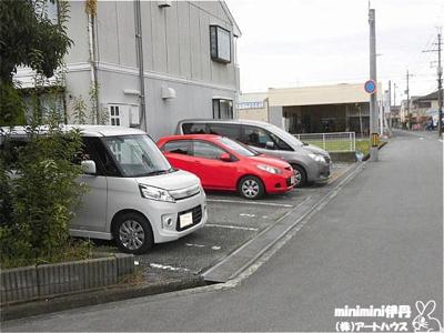 【駐車場】サンセジュール
