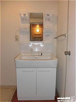 【洗面所】サンセジュール