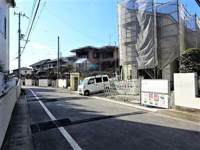 【前面道路含む現地写真】《》神戸市垂水区塩屋北町4丁目 1号棟 新築戸建