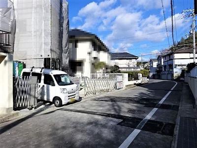 【前面道路含む現地写真】《》神戸市垂水区塩屋北町4丁目 2号棟 新築戸建