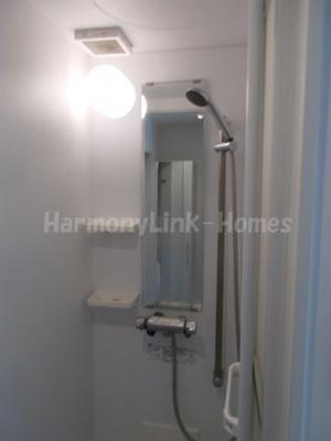 ハーモニーテラス根岸のすっきりとしたシャワールームです☆