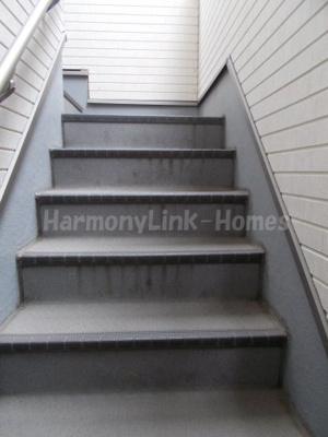 ハーモニーテラス根岸の階段☆