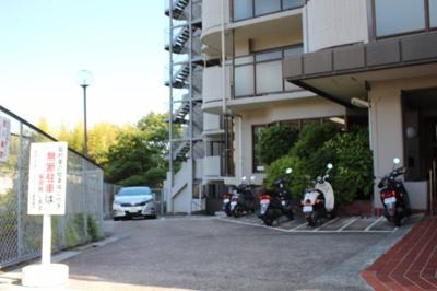 【駐車場】池田山の手エーデルハウス