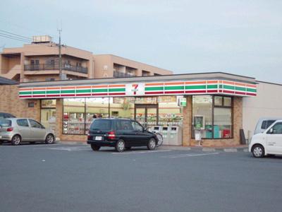 セブンイレブン伊勢崎寿町店まで461m
