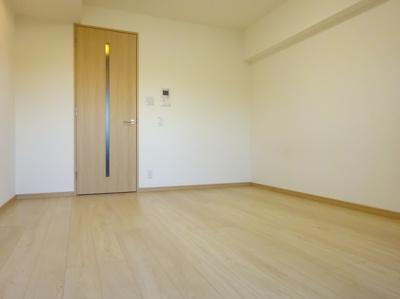 【寝室】ルーブル三軒茶屋参番館