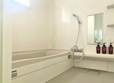 【浴室】本部海沿いの築浅一軒家