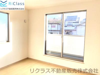 個人の部屋や寝室として使える洋室です‼