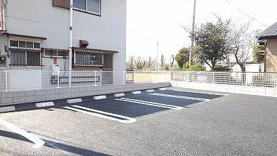 【駐車場】ラディア