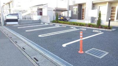 【駐車場】ライブリィ
