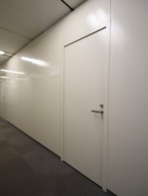 【玄関】神戸シルクセンタービル