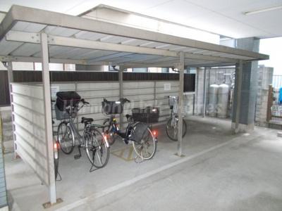 コートFの駐輪スペース