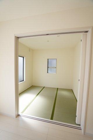 4.5畳 客間としてやキッズスペースとしてお使いいただけますよ!