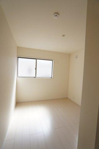 5.34帖 シンプルなお部屋で自分好みのお部屋にレイアウトしませんか?