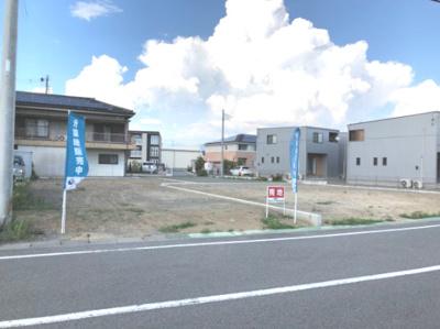 建築着工前の現地写真、南側より撮影。