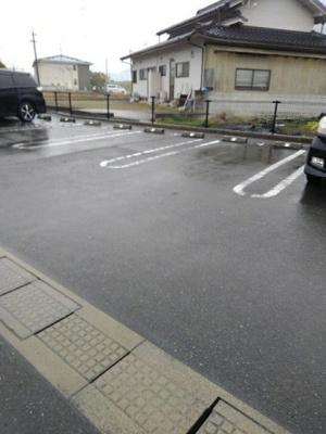 【駐車場】プチアンジュ