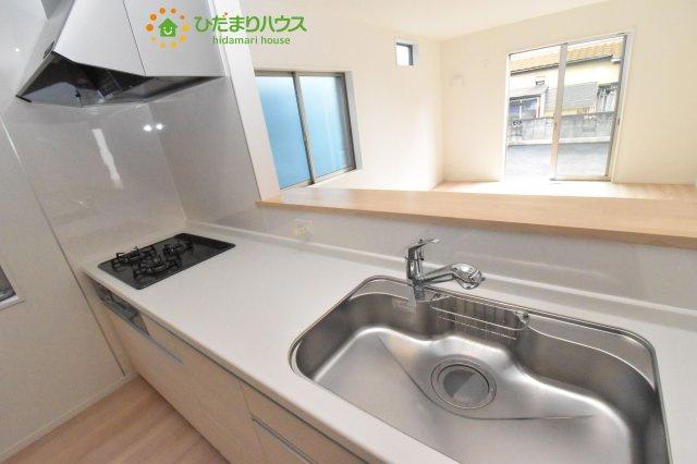 【キッチン】見沼区中川 第19 新築一戸建て クレイドルガーデン 02