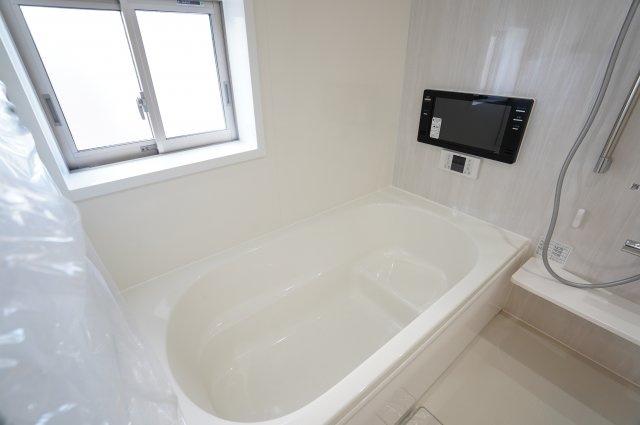 楽しいバスタイムを過ごせる浴室です。