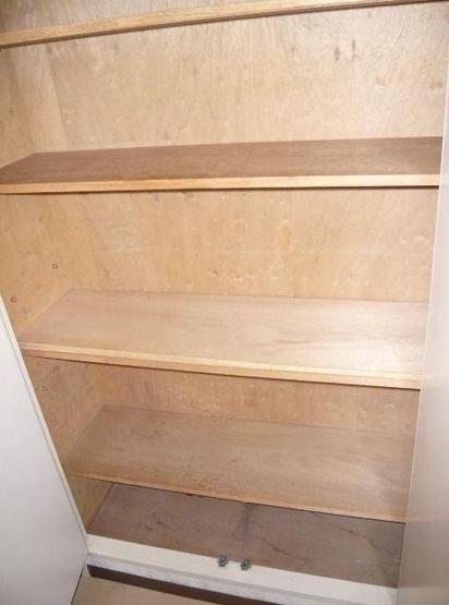 シューズボックス ※別室の写真です