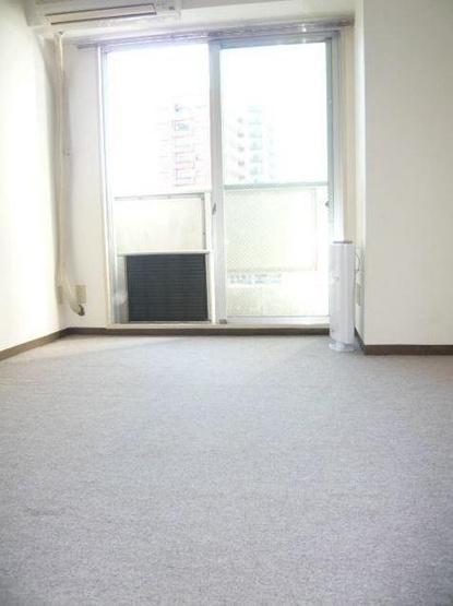 洋室 5.6帖 ※別室の写真です