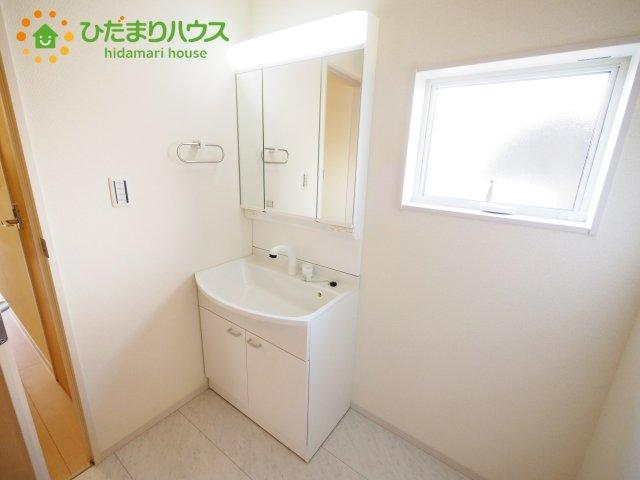 暮らしを快適に変えるシャワー付洗面台☆彡