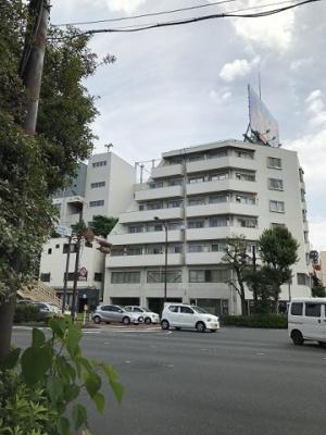 中央線「高円寺」駅徒歩約6分、複数路線利用可能な立地。