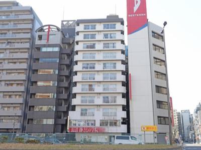 JR・東京メトロ「錦糸町」駅徒歩約4分のアクセス良好な立地。