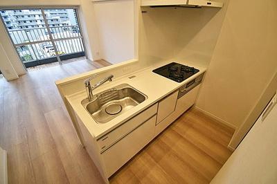 食洗器付きのキッチンで、お片付けもラクラクです。