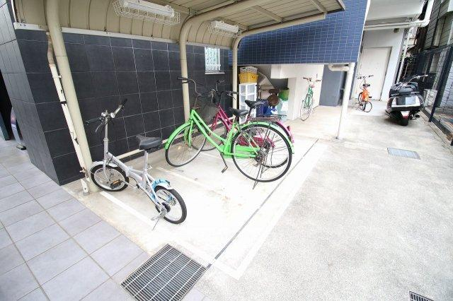 【駐車場】ディアグランデ難波東