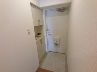 玄関部分です。 シューズボックス付で玄関周りをスッキリできます。