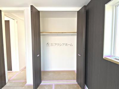 洋室6帖収納