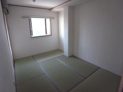 【寝室】WESTヒルズ岸和田