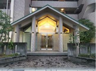 岐阜市茜部大川 ワールドマンション茜部5階部分 お風呂洗面はリフォームしてあります。駐車場あり