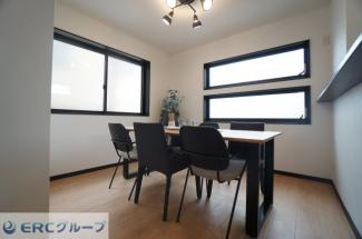 【居間・リビング】甲子園口6丁目新築戸建
