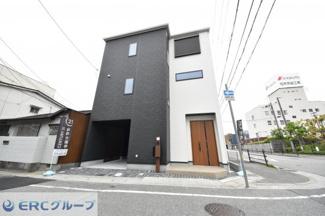 外観イメージです。3階建てで閑静な住宅に似合う素敵な戸建の予定です。