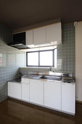 【キッチン】ファミーユ府中