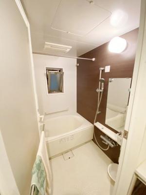 オートバス、浴室暖房乾燥機付きです