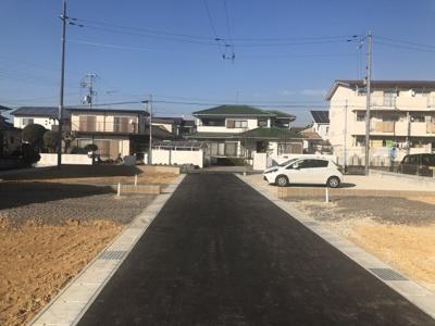 【前面道路含む現地写真】小野市天神町16期 4号棟