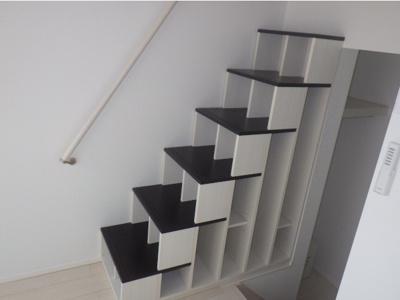 アロマテラス関町北の収納付き階段☆