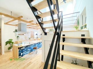 オープン階段がおしゃれ♪家族が顔を合わせる機会が増えますね。