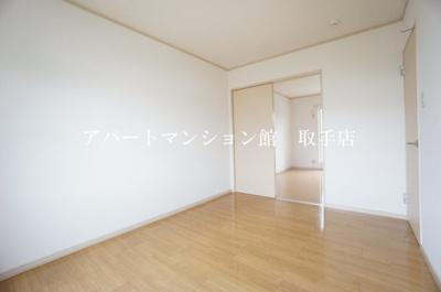 【寝室】フォーリア羽根野台