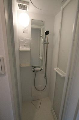 ハーモニーテラス豊玉中のすっきりとしたシャワールームです☆