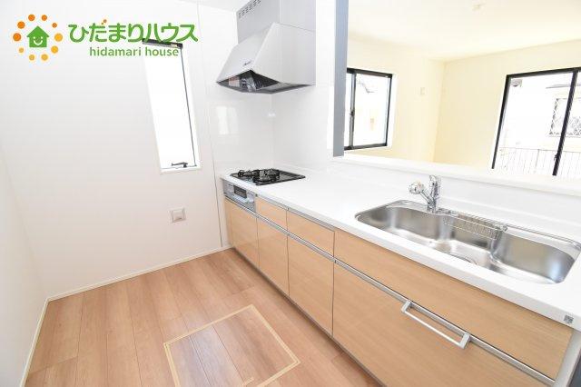 【キッチン】上尾市上 15期 新築一戸建て グラファーレ 08