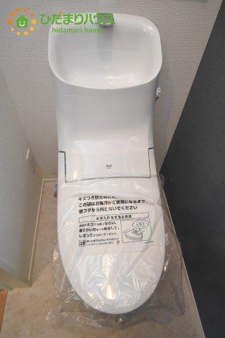 【トイレ】上尾市上 15期 新築一戸建て グラファーレ 01