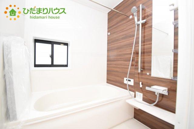 【浴室】上尾市上 15期 新築一戸建て グラファーレ 02