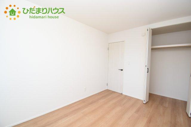 【収納】上尾市上 15期 新築一戸建て グラファーレ 03
