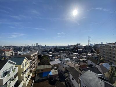 4階部分からの眺望です。 前面に建物がなく採光・風通し◎